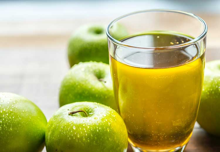 Freshly Made Apple Juice From the Juicer