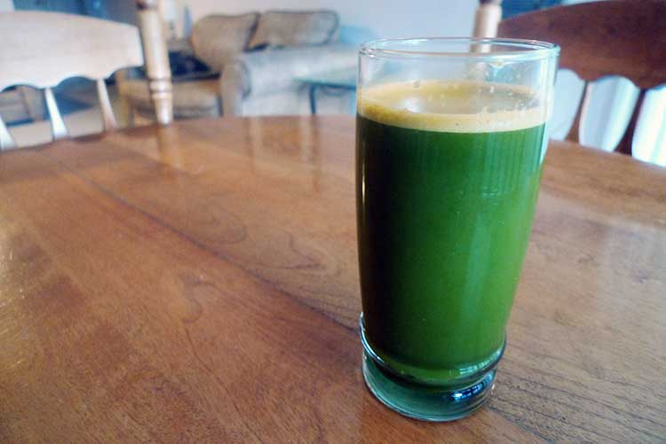 Carrot Celery and spinach juice