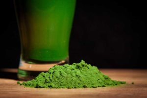 Green juice made from powder